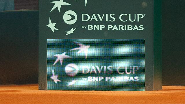 Anzeigetafel beim Davis-Cup