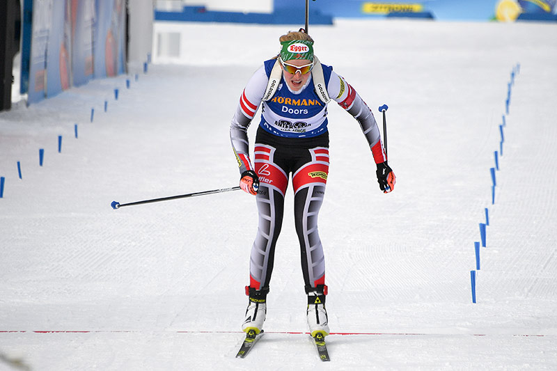 Biathletin Lisa Theresa Hauser