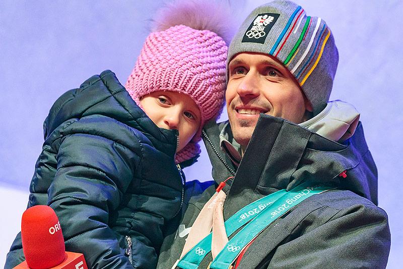 Lukas Klapfer mit Tochter Valentina