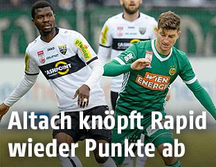 Yusuf Otubanjo (Altach) gegen Stephan Auer (Rapid)