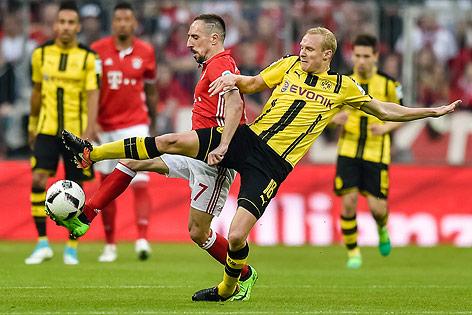 Franck Ribery (Bayern) und Sebastian Rode (Dortmund)