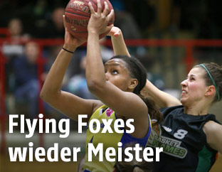 Spielszene Flying Foxes - Basket Flames