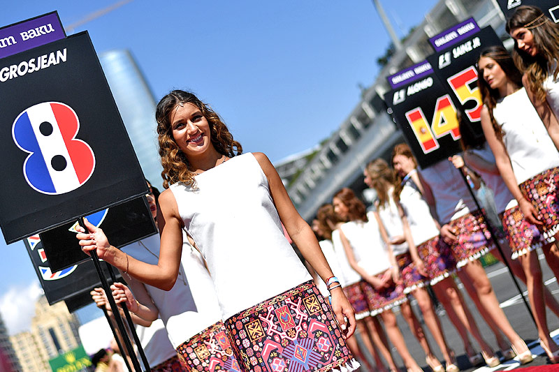 Formel-1-Grid-Girls