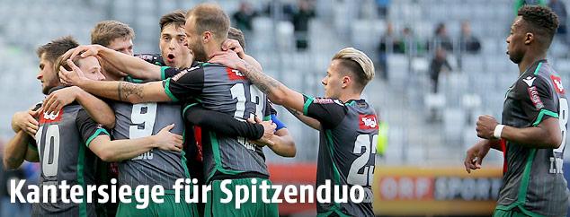 Innsbruck-Spieler jubeln