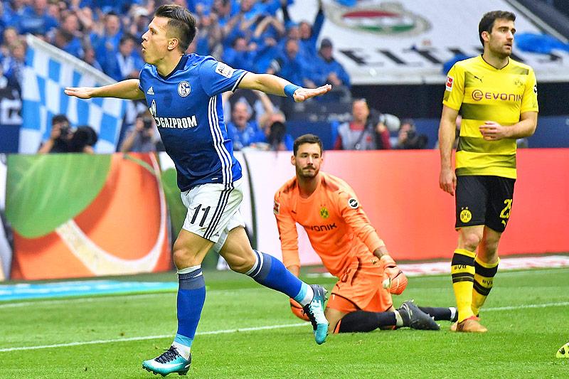 Jubel des Schalke-Torschützen Yevhen Konoplyanka
