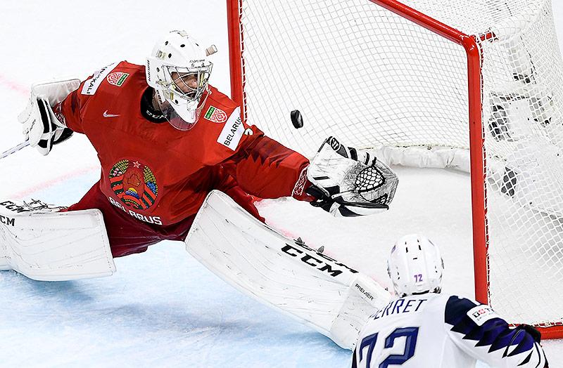 Jordann Perret (Frankreich) bezwingt Mikhail Karnaukhov (Weißrussland)