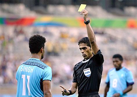 Schiedsrichter Fahad al-Mirdasi