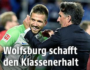 Ignacio Camacho und Trainer Bruno Labbadia (Wolfsburg)