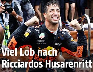 Daniel Ricciardo mit seinem Team