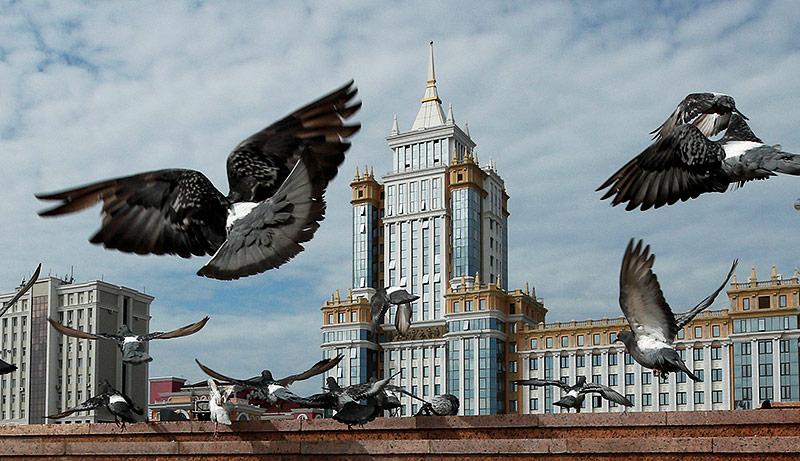 Die Mordovian State Universität am Millennium Platz in Saransk