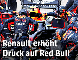 Rennwagen von Red Bull Racing in der Box