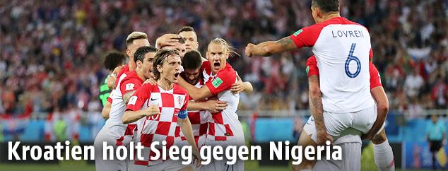 Jubelndes kroatisches Team