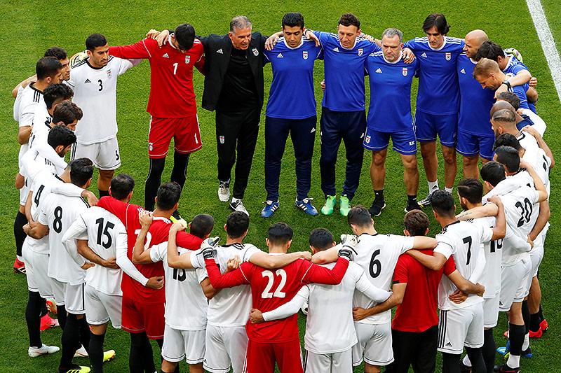 Trainer Carlos Qeiroz mit Spielern