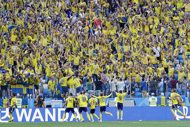 Schwedische Spieler jubeln