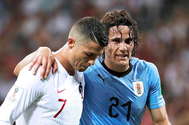 Cristiano Ronaldo hilft Edinson Cavani