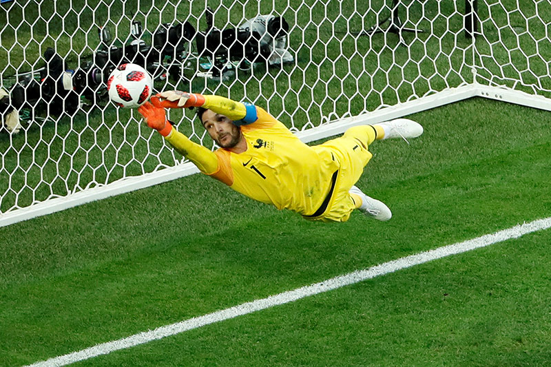 WM Finale: Das steckt hinter der Flitzer-Aktion von Pussy Riot
