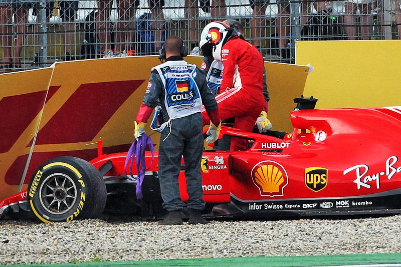 Sensationeller Hamilton-Sieg - Vettel scheidet in Führung liegend aus