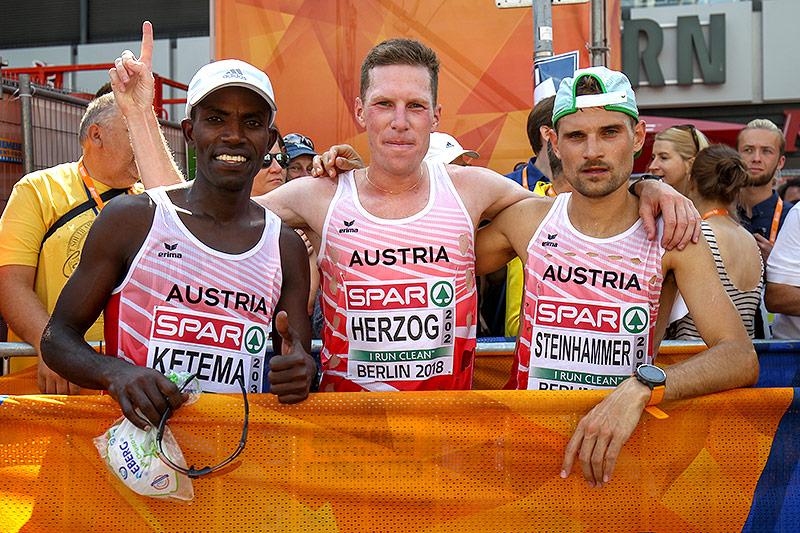 Lemawork Ketema, Peter Herzog und Christian Steinhammer (AUT)